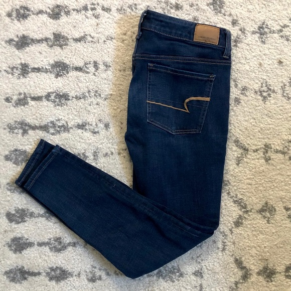 American eagle jeans 🦅 size 6 short